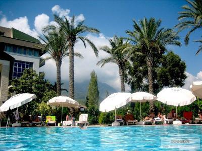 Стоит ли отдыхать в Турции и Египте этим летом?