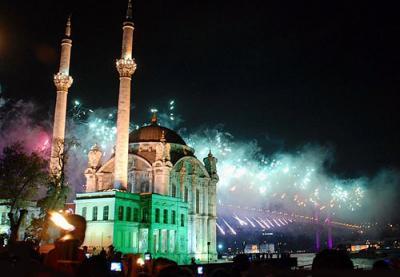 Турция стала для россиян мостом в