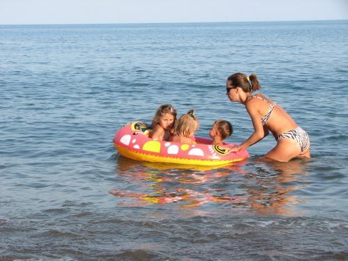 Отдых с детьми на море: собираем багаж