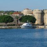 Зимний отдых в Греции: купить шубу, нырнуть в бассейн и выиграть в казиноКомментарии:8
