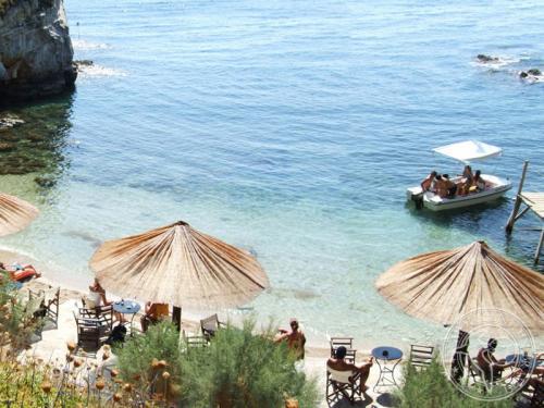 Горящие туры и путевки в Грецию из Санкт-Петербурга. Отдых в Греции летом 2013 года по низким ценам