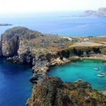 Около миллиона россиян выбрали отдых в Греции