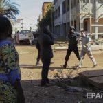 Военные уничтожили 3-х террористов, напавших наотель вМали