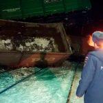 ВКузбассе два вагона грузового поезда сошли срельсов