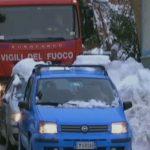 Вweb-сети интернет появилось первое видео изитальянского отеля, который попал под лавину
