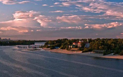 ВКиеве только два берега признали безопасными для купания