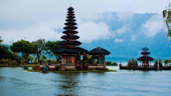 Закрытие аэропорта на Бали