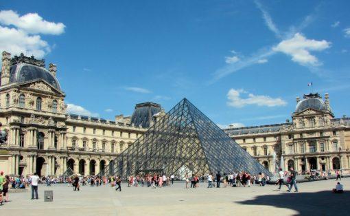 Экскурсии в парижском Лувре