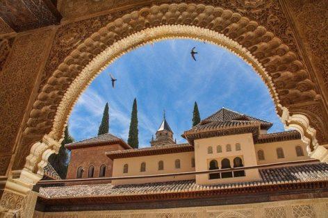Испания не переживёт второго лета без туризма, но всё идёт к концу