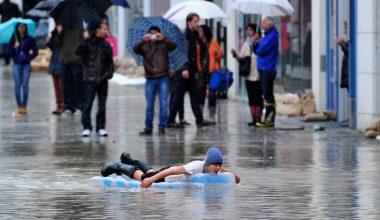 Из-за погоды сейчас опасно находиться в Европе