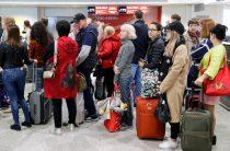 Авиакомпании обяжут возвращать деньги за билет при задержке рейсов