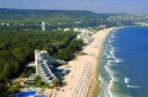 Течения у берегов Болгарии уносят туристов в море