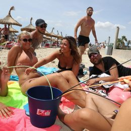 На Майорке ведется борьба с пьянством туристов