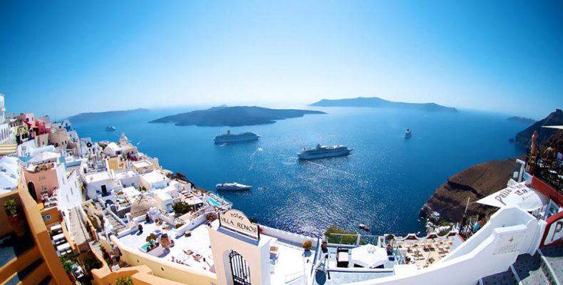 Порт Санторини признан самым красивым в мире