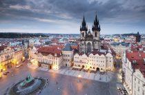 Куда в Европу дешевле всего поехать на Рождество