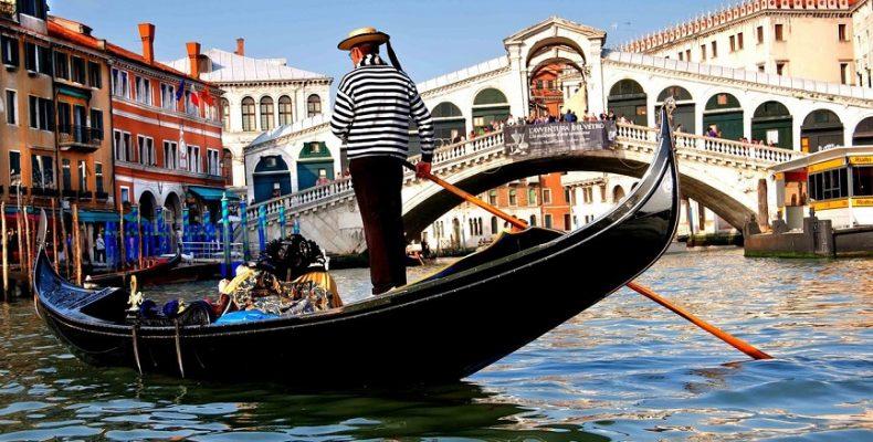 Венеция ограничит поток туристов с мая